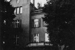 Das-von-Hermann-Anschuetz-fuer-Albert-Einstein-zur-Verfuegung-gestellte-Haus-am-Heikendorfer-Weg-23