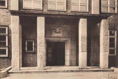 Haupteingang-Anschuetzgebaeude-1941-Heikendorfer-Weg-9-27