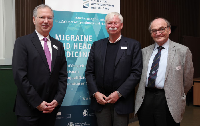 Prof. Dr. Hartmut Göbel, Prof. Dr. Ralf Baron und Prof. Dr. Michael Illert (v.l.n.r.)